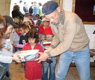 Samaritan Purse Gifts Distributed in JLSS